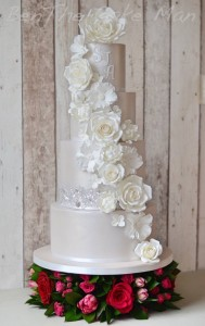 Lustre metallic cake | Ben the cake man